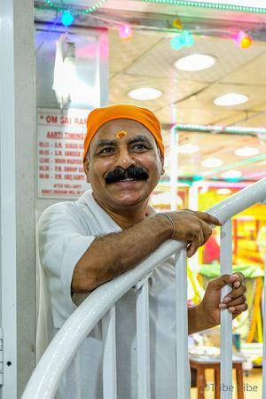 Hindu Temple In Bur Dubai Tribe Vibe Bur Dubai Dubai