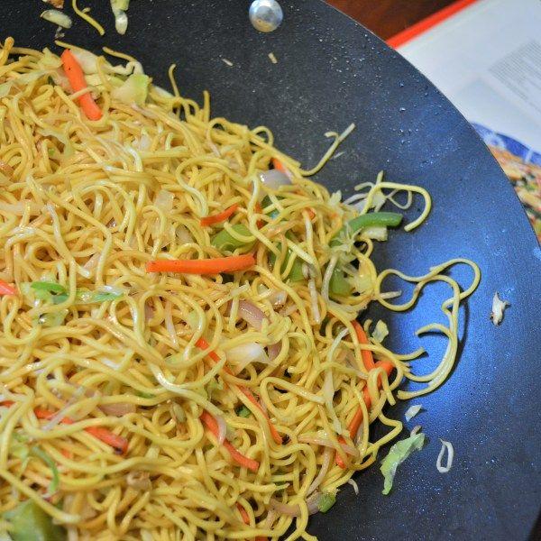 Veg Hakka Noodles Recipe The Urban Spice Hakka Noodles Recipe Recipes Authentic Chinese Recipes