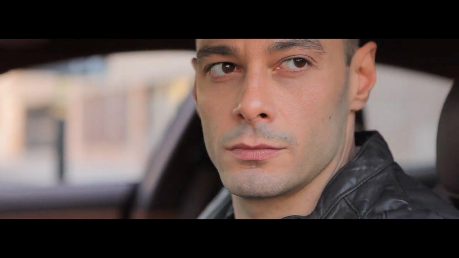 Fabri Fibra con Neffa. Panico. Video ufficiale.  Regia: Gaetano Morbioli Produzione: Run Multimedia