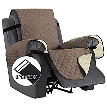 Amazon Com Chhkon Deartown Sofa Cover With Anti Skip Dog Paw Print 100 Waterproof Quilted Furniture Pr Washable Furniture Furniture Protectors Recliner Cover