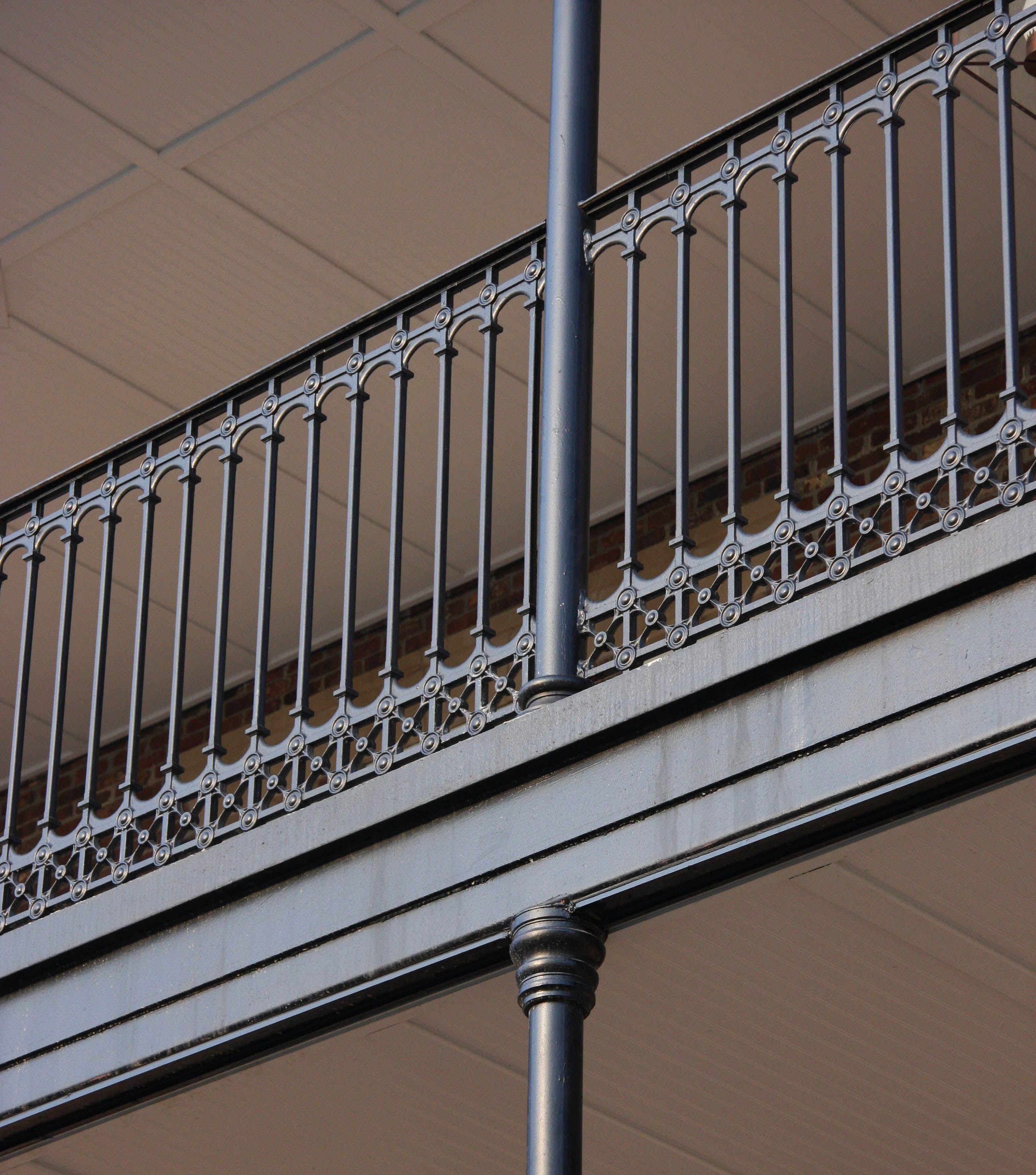 20 Artistic Deck Railing Ideas For Inspiration Zeltahome Com Balcony Railing Design Railing Design Iron Balcony Railing