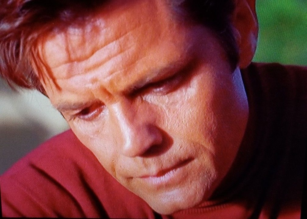Jack Lord as Steve McGarrett in Hawaii Five-O season 1 episode 7