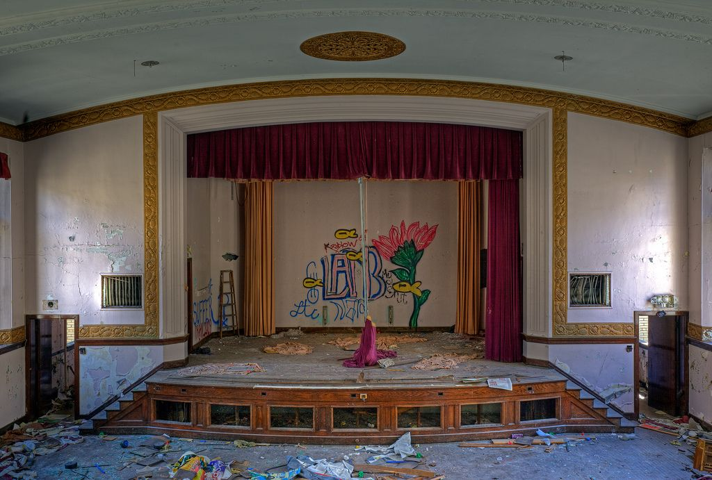 Abandoned school, Detroit | Flickr: partage de photos!