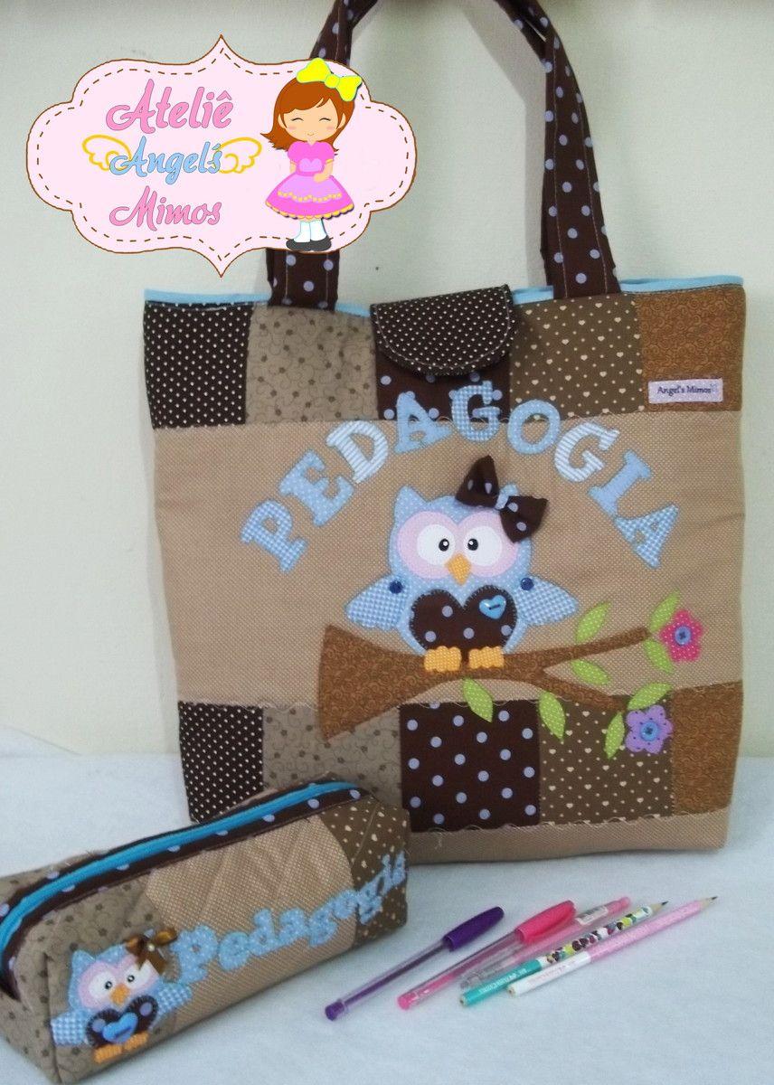 ececd8670 Bolsa em patch feita com tecidos 100% algodão 40x38x10cm estojo box  23x9x9cm Personalizamos com cores, tema e nome a seu gosto!
