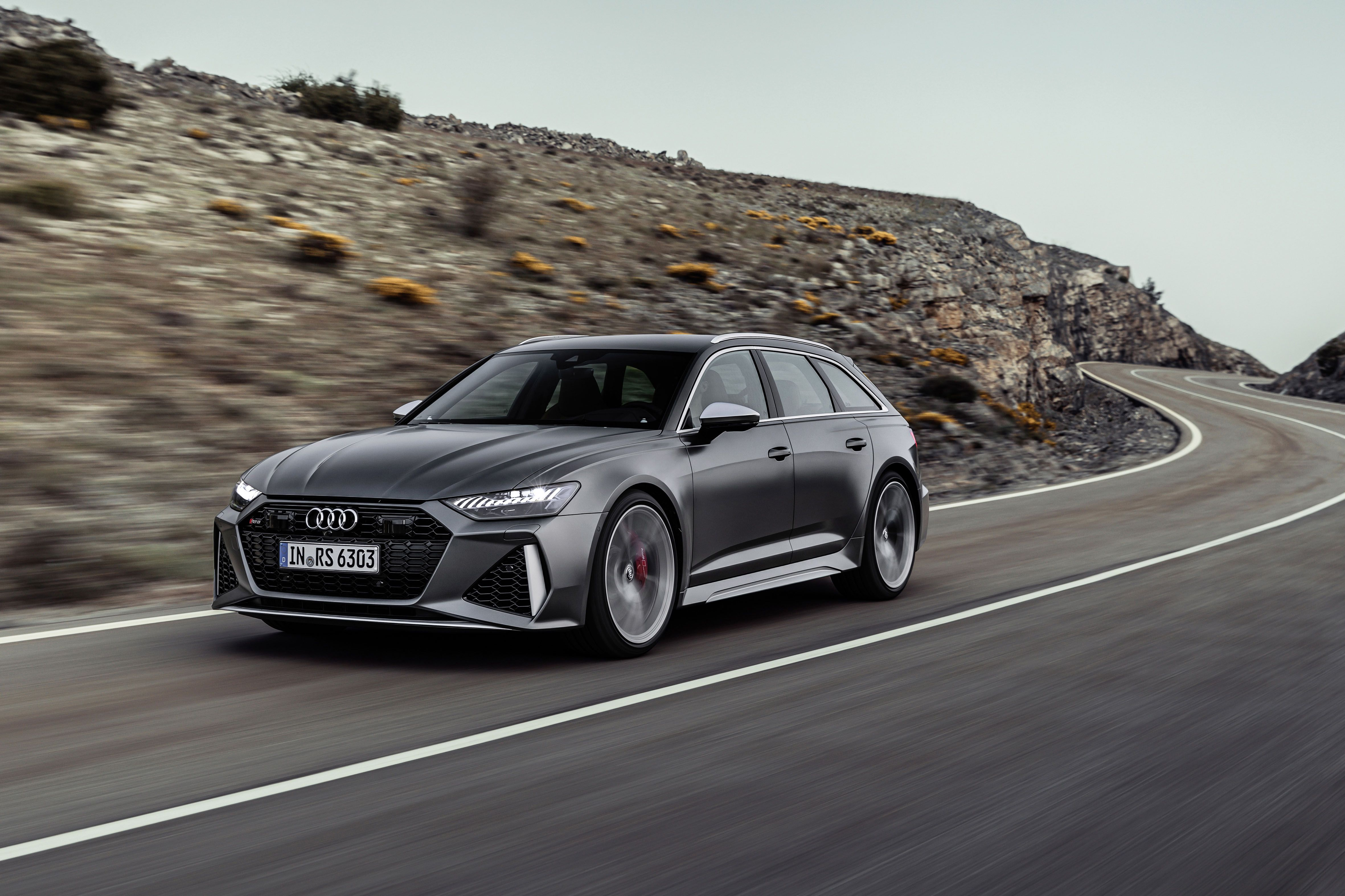 The 2020 Audi Rs6 Avant Is One Of The Hottest Wagons Ever And Finally Coming To The U S Droomauto S Bmw M5 Audi
