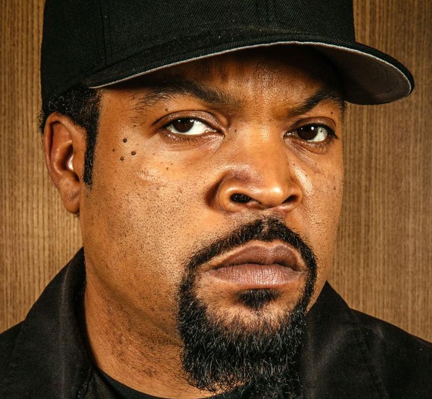 Ice Cube 15 06 1969 Amerikaanse Rapper En Acteur Hij Brak Door Als Lid Van N W A Hij Is Vooral Bekend Vanwege Michael Eisner Oprah Winfrey Oprah Winfrey Show