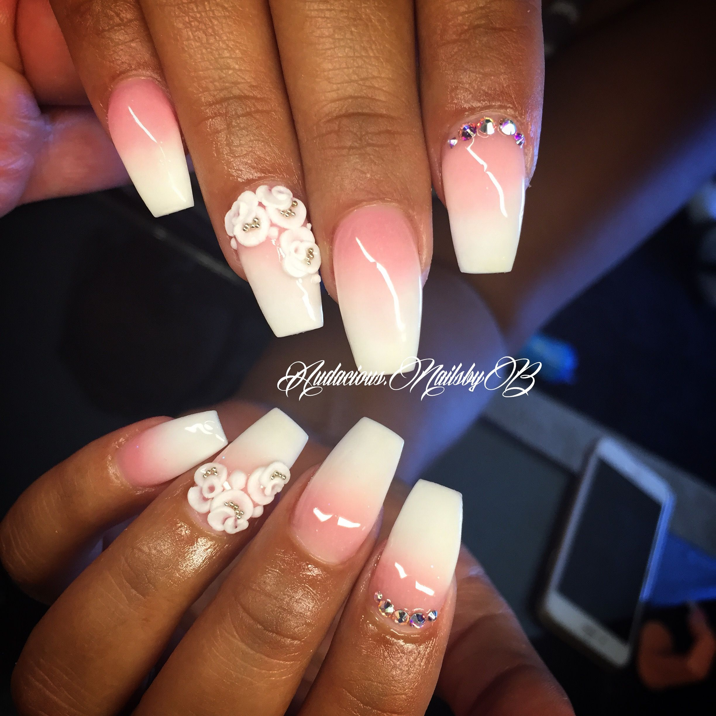 3D Nail Art Coffin Pink And White Ombr Acrylic Nails