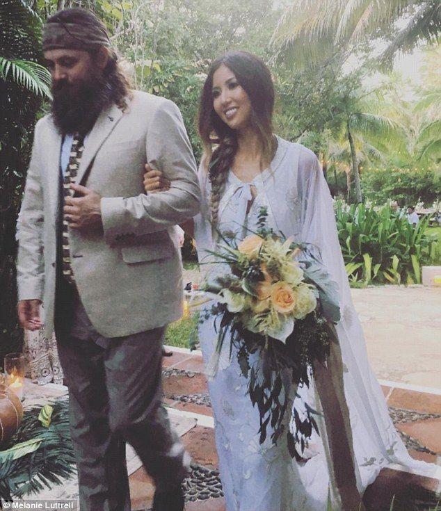 Duck Dynasty S Rebecca Robertson Marries Fiance John Reed Loflin Duck Dynasty Family Rebecca Robertson Rebecca Robertson Wedding