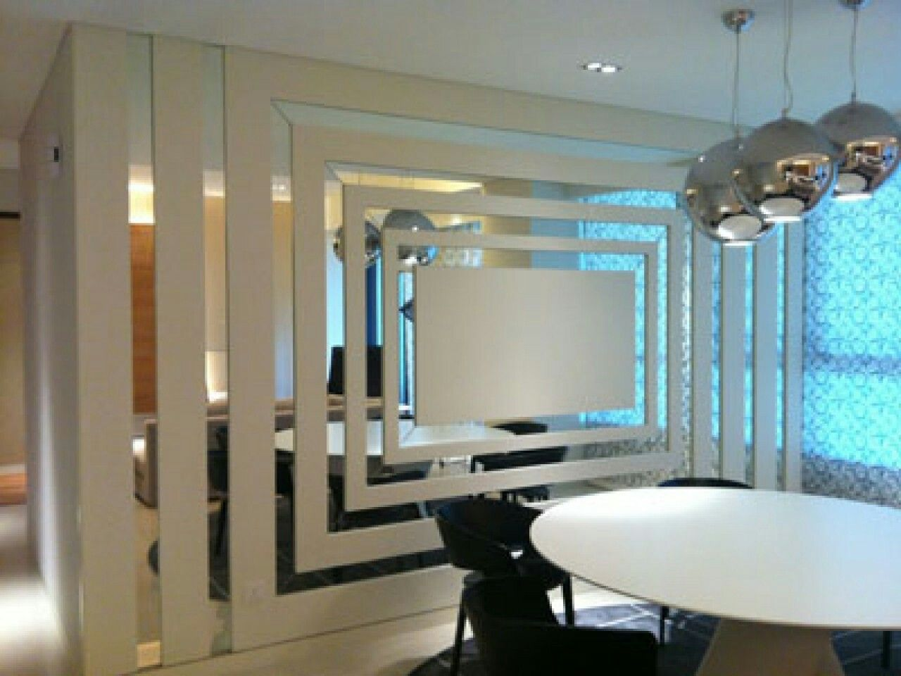 Pin By Hakan Syukur On Mirrors Mirror Design Wall Mirror Wall Decor Mirror Decor