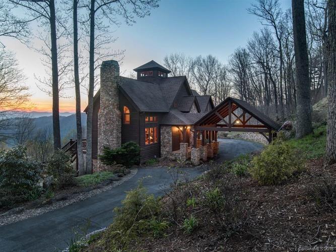 501 Abingdon Way Asheville NC for sale: MLS #3372647   Weichert