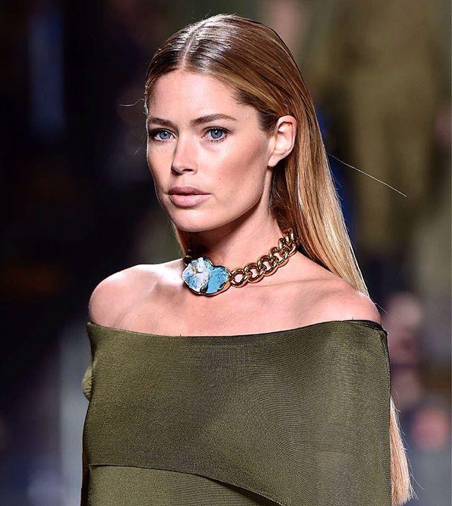 Balmain Homme @balmain @doutzen #paris #parismenswear #ss17 #pfw #fashion #fashionista #classicman#outfit #classyfashion #outfits #essentially #men #photooftheday #urban#ootd #boy #menslook #gentleman #luxury #mensstyle #menswear #instafashion #instagood #trend #glamour #trendy #doutzenkroes #stylish #model #balman See more at www.firstVIEW.com