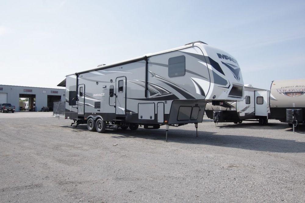 2016 Keystone Impact 311 Camper Toy Hauler Camper Trailer For