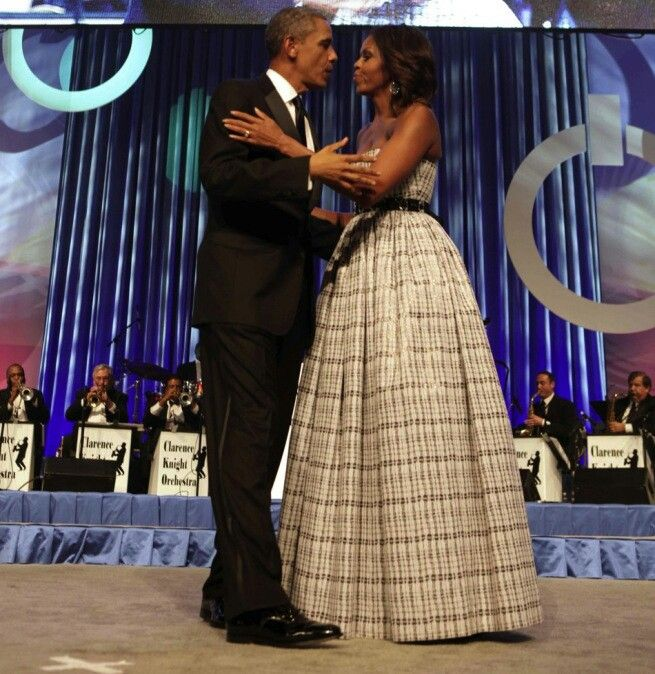 President Obama and First Lady Michelle Obama arrive at the Congressional Black Caucus Foundation Annual Phoenix Awards