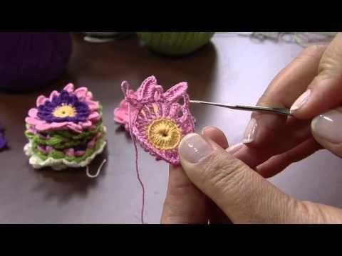 FLORES EM CROCHE ROSA FRANZIDA PARTE 2 - 079 - YouTube