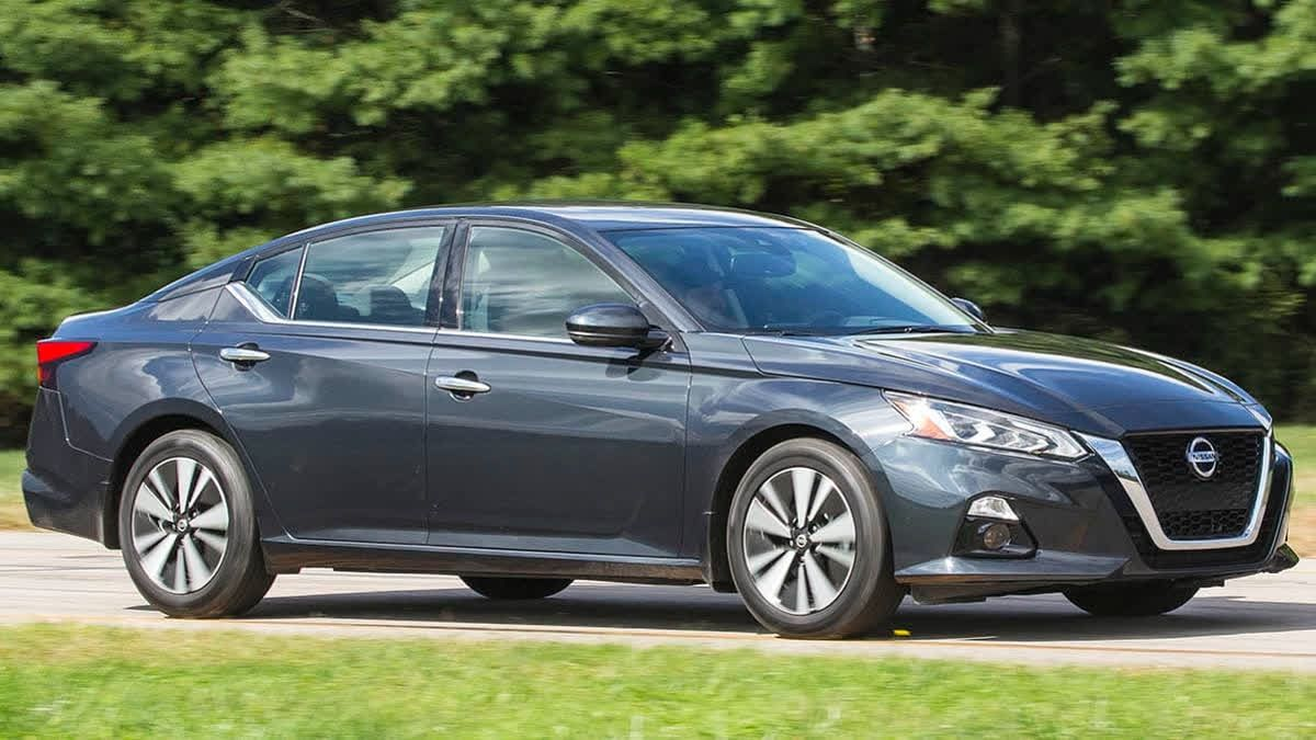 The #Nissan engineers updated the #Altima's CVT transmission so that