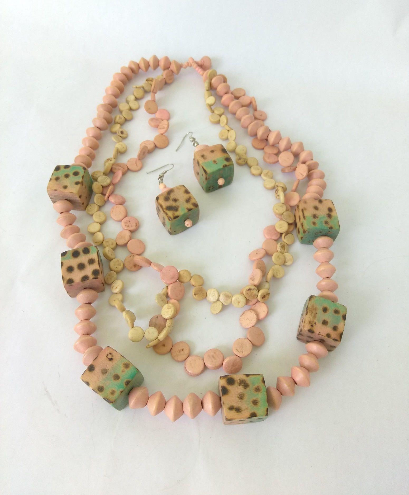 Jay Feinberg Wood Bead Multistrand 80/'s Necklace