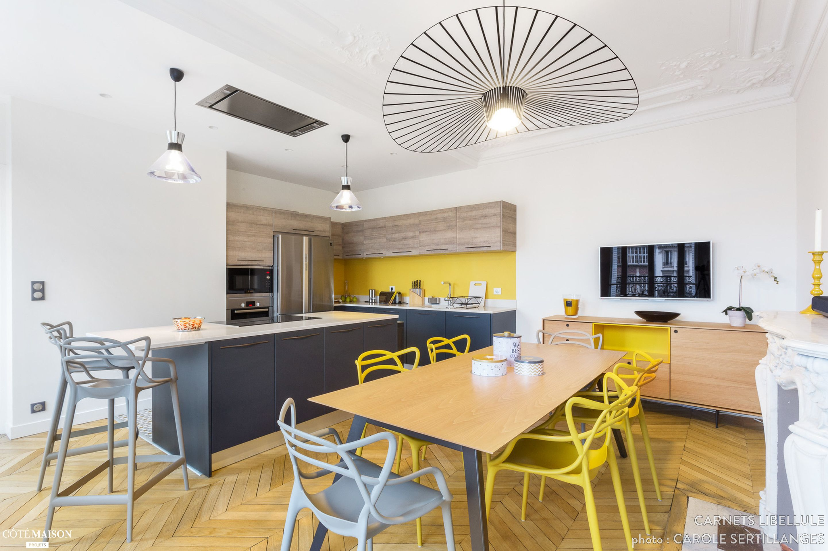 Cuisine Moderne Dans Un Appartement Haussmannien Paris Coralie - Deco haussmannien moderne pour idees de deco de cuisine