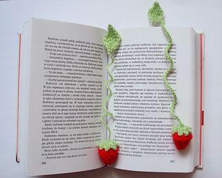 Crochet strawberry bookmark...FREE PATTERN!!                                                                                                                                                                                 More