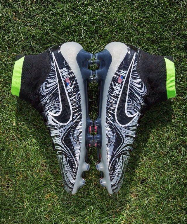 Nike ID 5c4d921ad0cfe