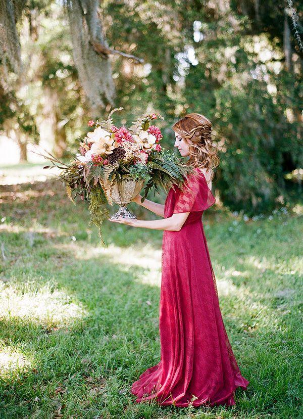 Resultado de imagem para wedding marsala e gree