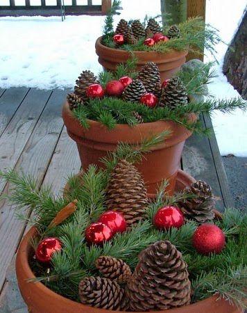 Ideas para decorar en navidad con pi as de pino tarjetas - Pinas de pino para decorar ...