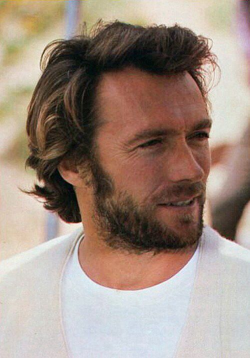 Clint Eastwood 1976. Wow, what a handsome specimen!!! Love Clint Eastwood.