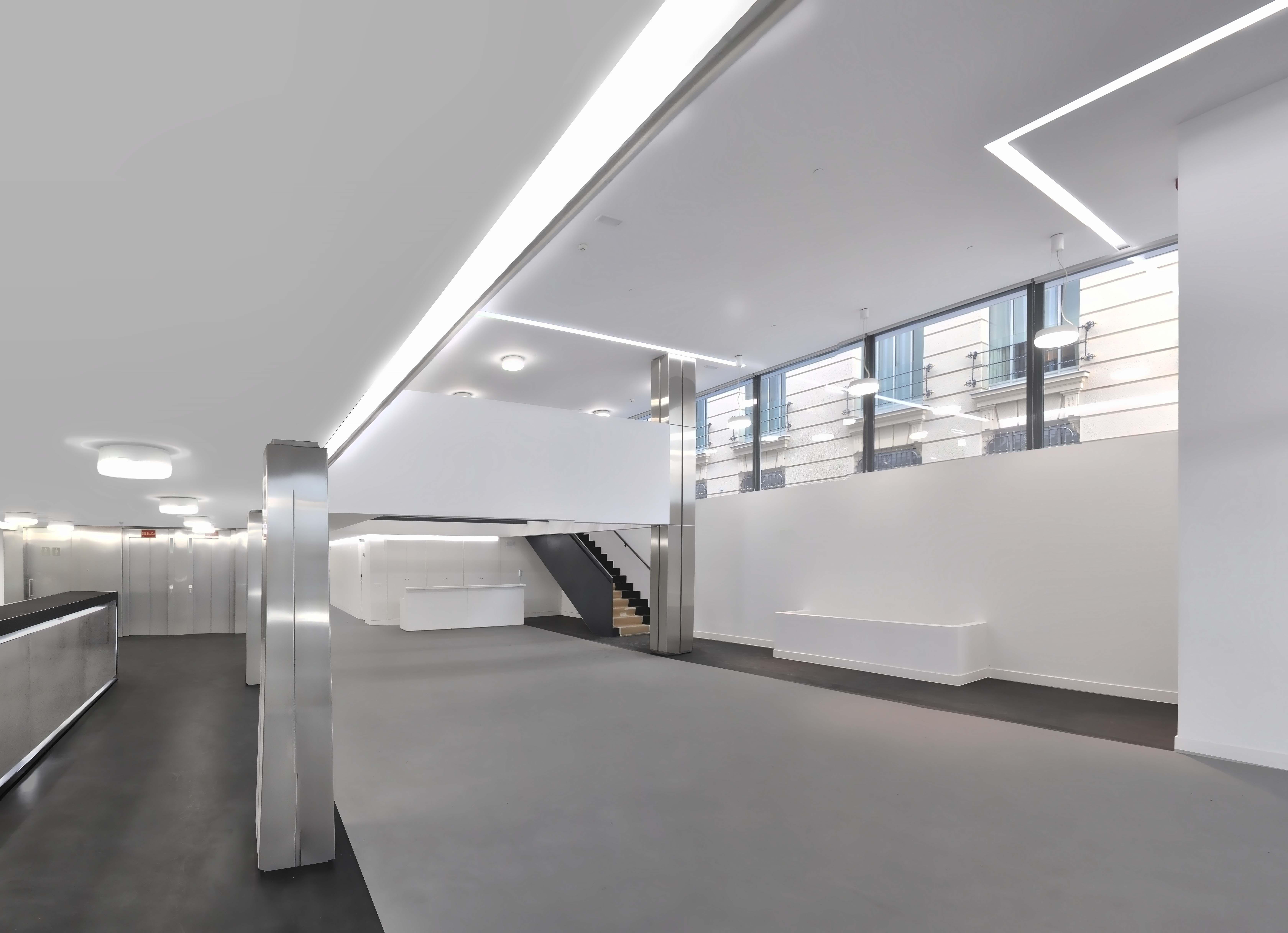 Vestíbulo del Hotel Exe Central de Laboratorio de Arquitectura.