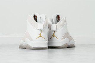 88e84058e087 The Air Jordan 10 Retro