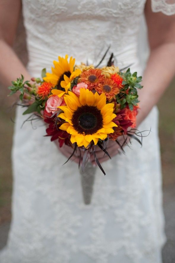 Pumpkin wedding decorations for Simple fall bridesmaid bouquets