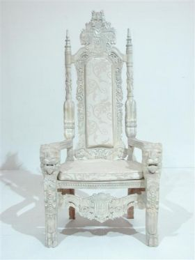 Cream Throne in 2020 | White witch, Stage design, Narnia