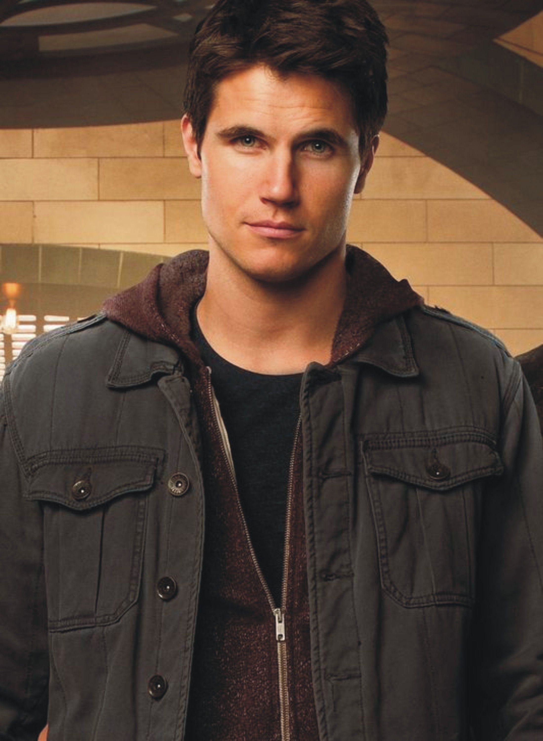 Photo of DISH OF THE WEEK # 48 – ROBBIE AMELL