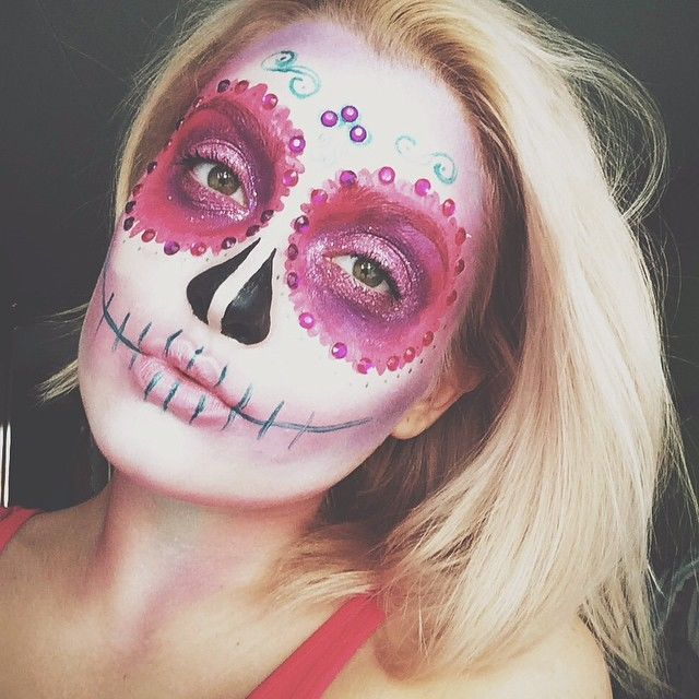 21 Incredible Makeup Ideas To Try Out This Halloween Makeup - halloween makeup ideas easy