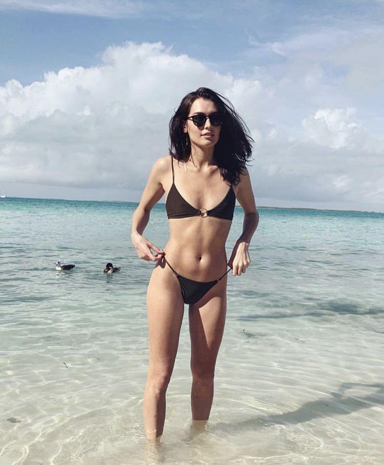 Bikini Jessica Clements naked (71 photo) Cleavage, Facebook, cleavage