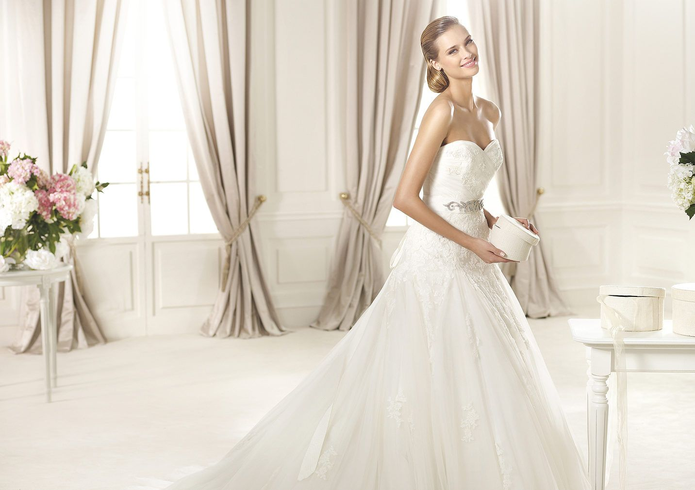 Pronovias Presents The Stunning 2018 Preview Collections: Lace Embellished Dress. Collection 2015 GLAMOUR