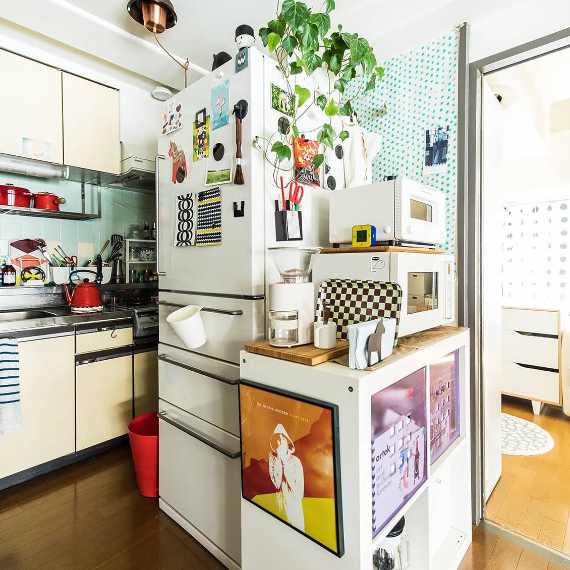 玄関あけたらすぐキッチンの1ldk 区切り がカギ 上手な家具配置のコツ キッチン間取り 狭い家の生活 インテリア