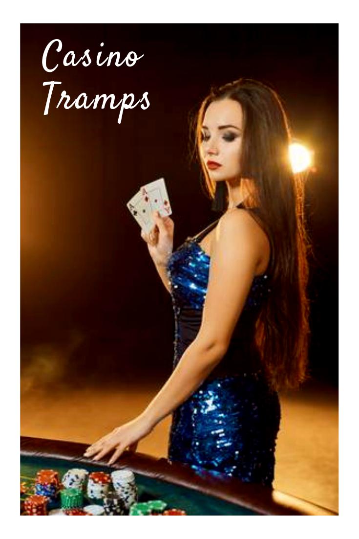 Сексуальная девушка в казино