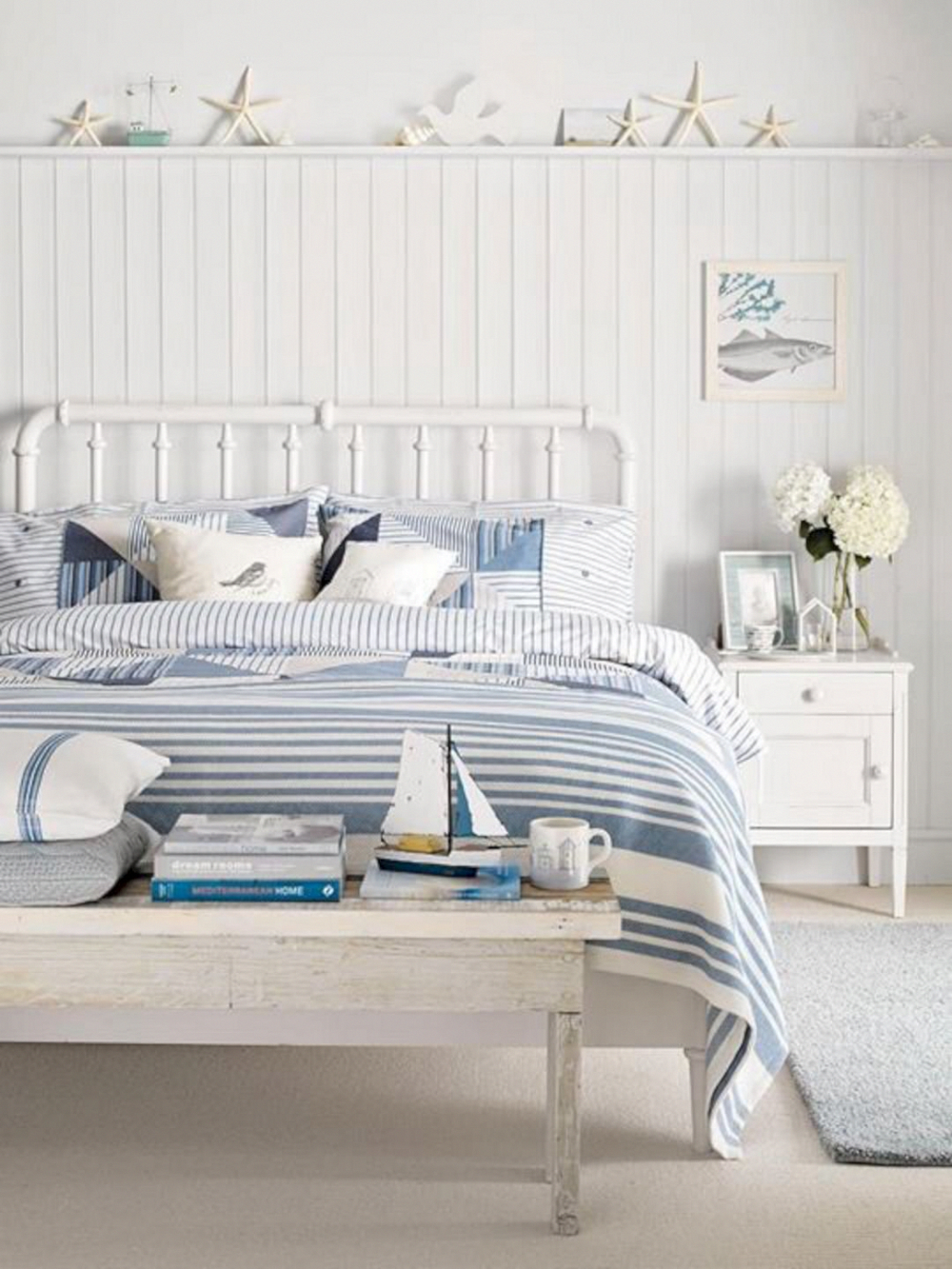 Astounding Options To Check Out Beachcottagebedding Coastal Bedroom Furniture Coastal Bedroom Decorating Beach Themed Bedroom