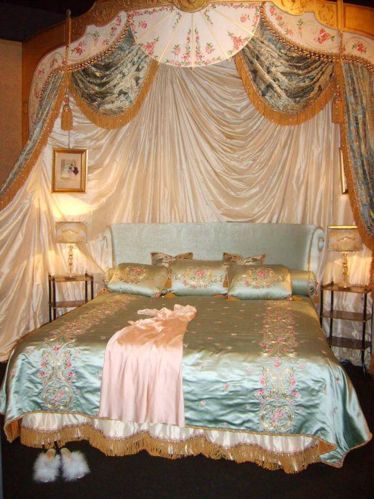 Bedroom Romantic Elegant Wedding Room Dressing Ideas