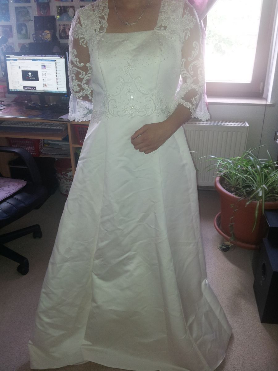 ♥ >>> Sehr schönes Brautkleid<<< ♥  Ansehen: http://www.brautboerse.de/brautkleid-verkaufen/sehr-schoenes-brautkleid-2/   #Brautkleider #Hochzeit #Wedding