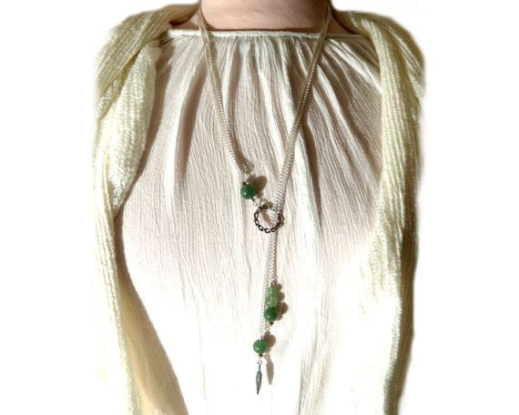 Aventurine beads long silver necklace by CapricesDeParisienne