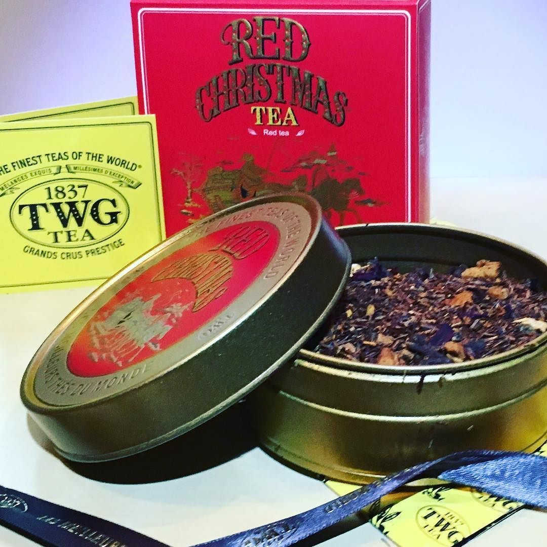 Red Christmas Is Twg Teas Special Blend For The Holidays This Rooibos Red Tea Is Decaffeinated And Theine Free Which Mak Calming Tea Night Time Tea Fine Tea