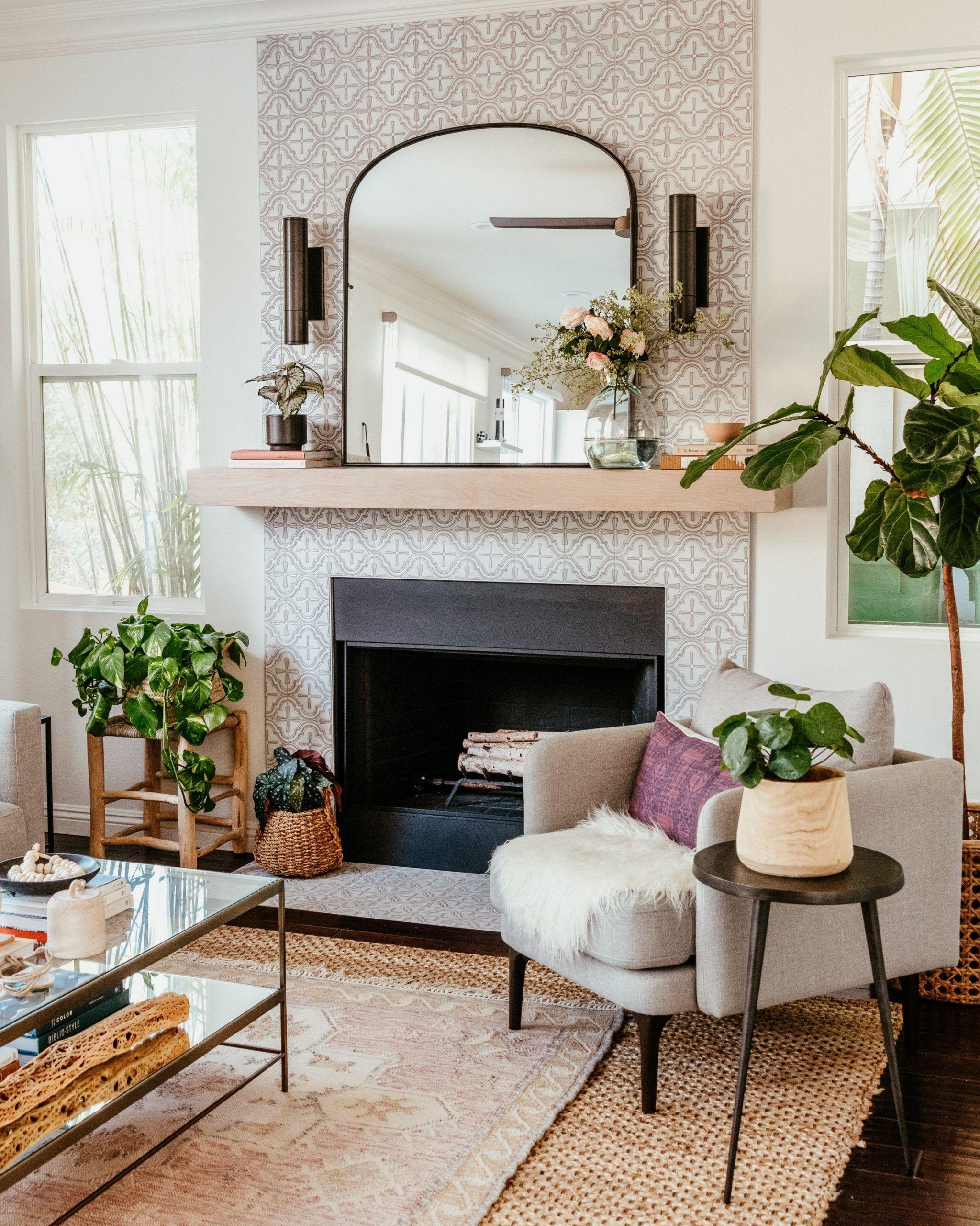 Photo of Modern Family Room Refresh   The secret to design around a statement piece – Anita Yokota