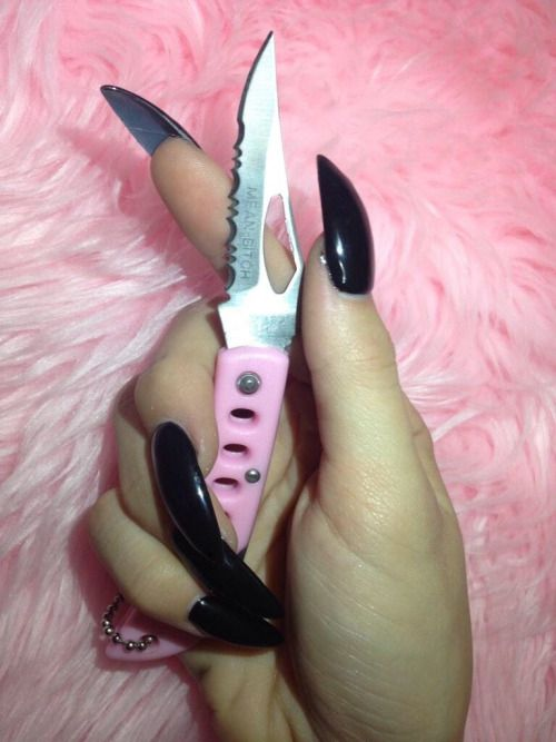 Pastel Goth Girly Knife Girl Power Weapon Sharp Cute Nails