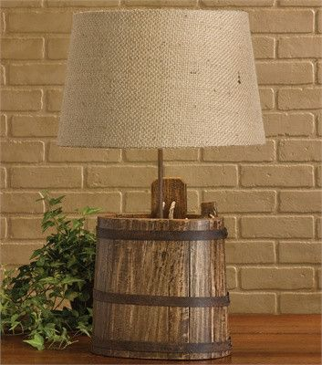 Antiue Water Bucket Lamp with Shad
