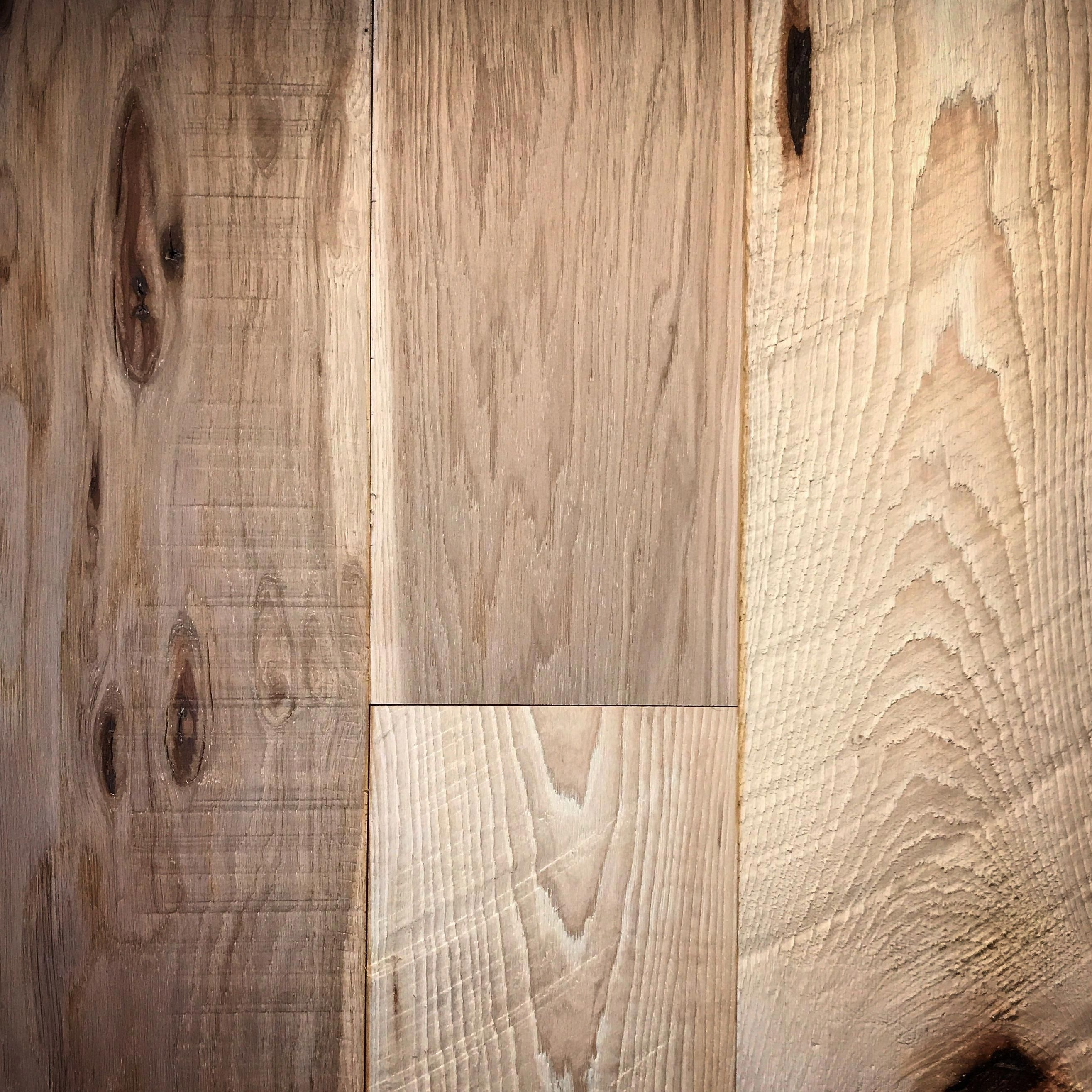 Take A Look At Our Internet Site For A Little More Pertaining To This Marvelous Photo Wideplankfloorideas Flooring Hickory Hardwood Floors Hardwood