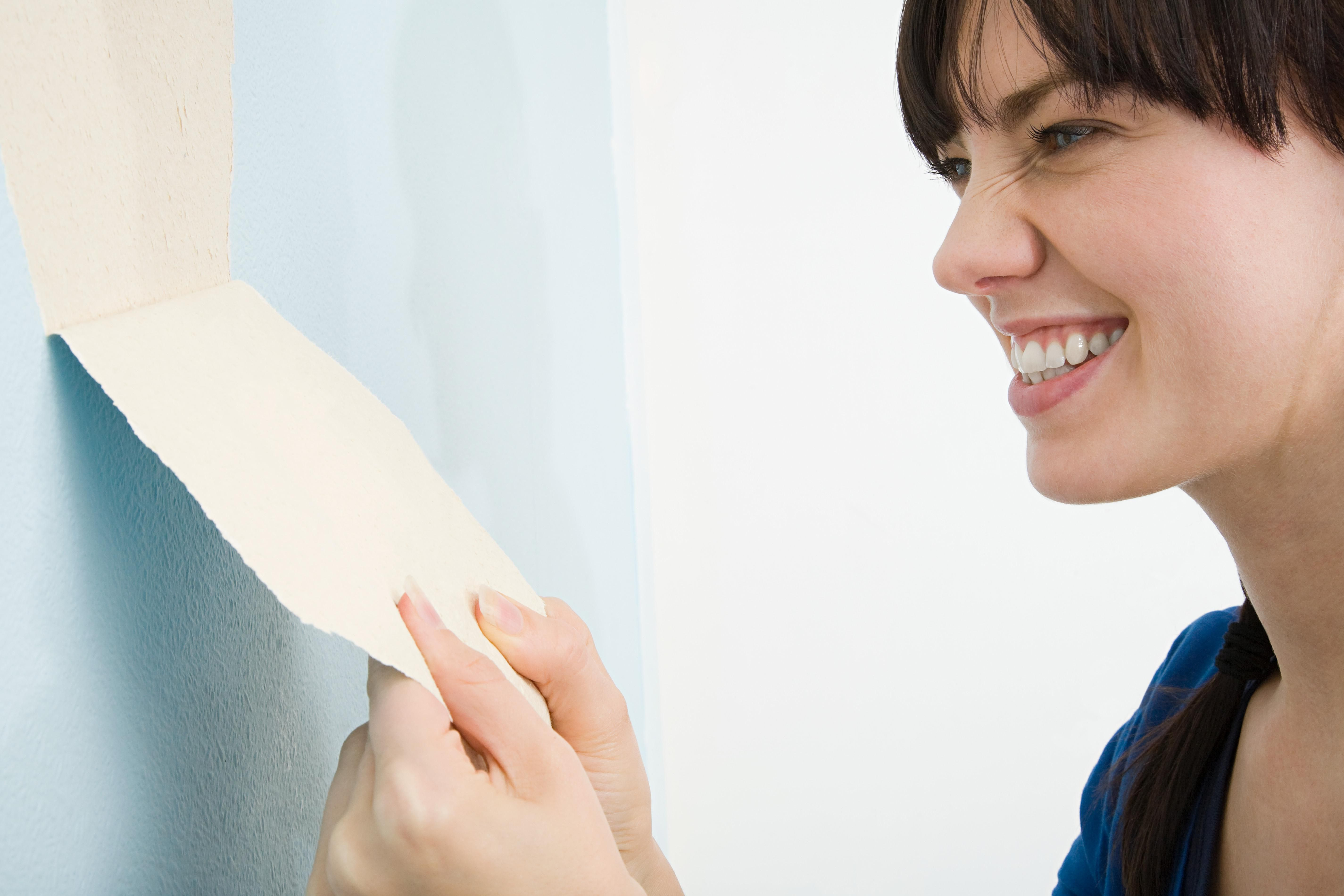Heres A Homemade Wallpaper Remover Recipe That Works Just As Well Commercial Products At