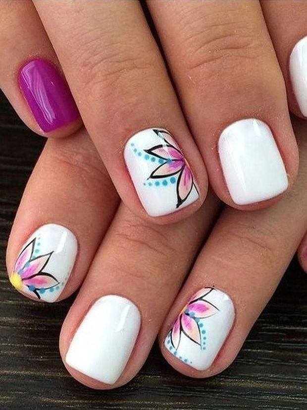 50+ Cute And Highly Fashionable Flower-Style Nail Art Design Ideas
