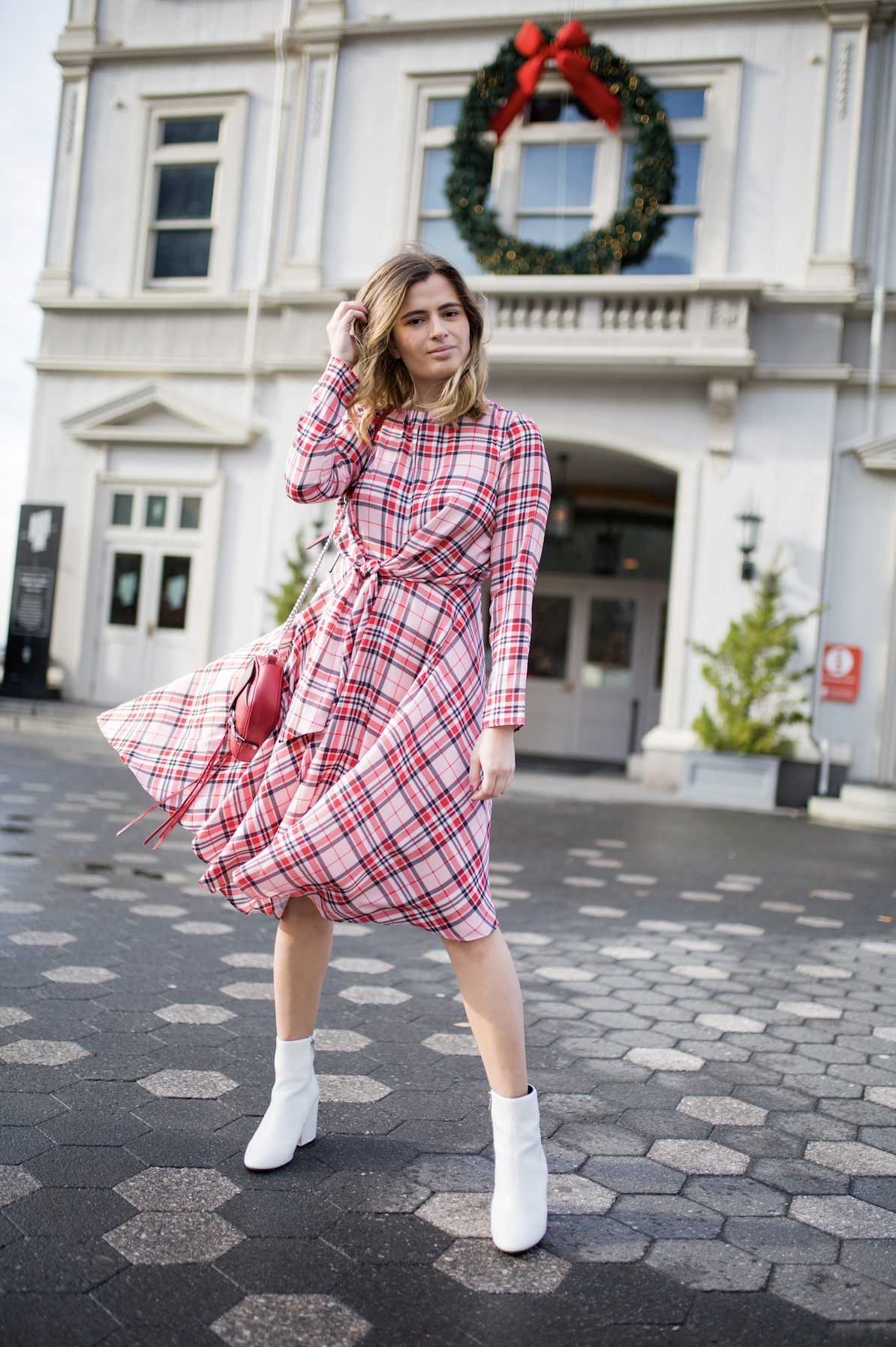 Plaid Midi Dress Outfit Holiday Outfit Ideas Christmas Dresses Christmas Outfit Ideas Ny Nyc Fashion Nyc Street Style Winter Street Fashion Photography [ 1794 x 1194 Pixel ]