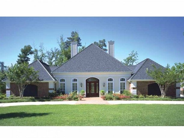 European Style House Plan 4 Beds 4 5 Baths 3038 Sq Ft Plan 45 333 Mediterranean House Plans French Provincial Design Modern Contemporary House Plans
