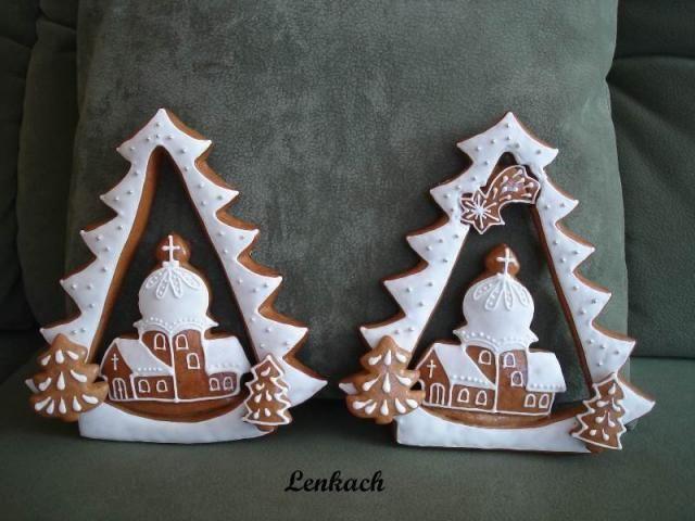Vánoční stromek s kostelíkem